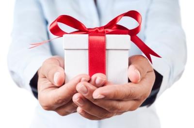 menerima-hadiah